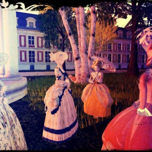 The Girls At the Promenade!